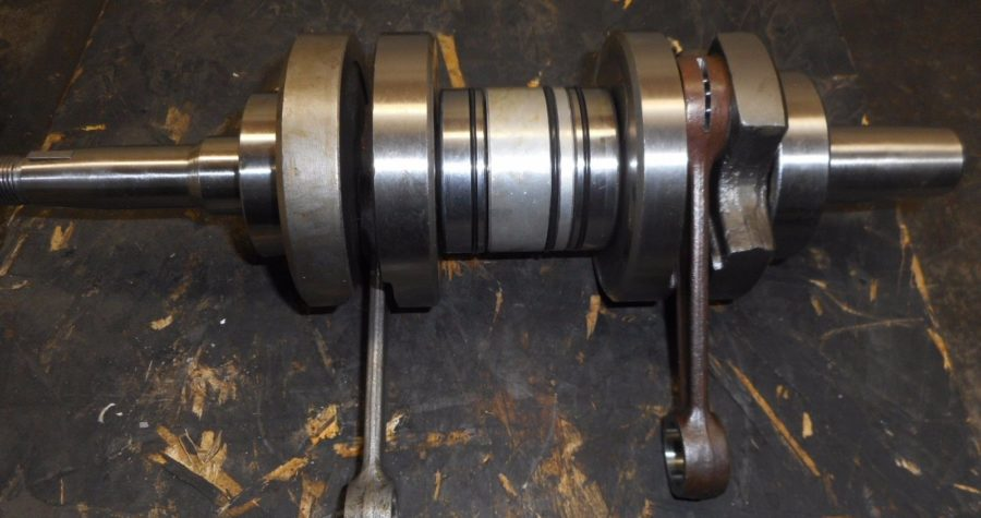 VINTAGE Kohler NEW 440 2AX CRANKSHAFT OEM snowmobile 4424-82